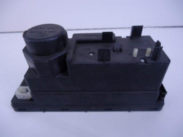 C-KLASSE W202 COMBI/ E-KLASSE W210 COMBI CENTRALE VERGRENDELINGS POMP 2088000548-0