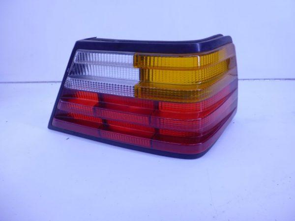 W124 ACHTERLICHT GLAS RECHTS A1248200266-0