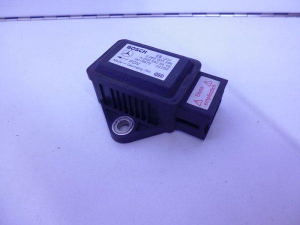 E-KLASSE W211 SENSOR ROTATIESNELHEID A0025426618-0