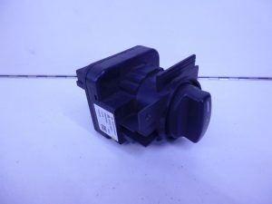 A-KLASSE W169 B-KLASSE W245 LICHTSCHAKELAAR 1695453104-0