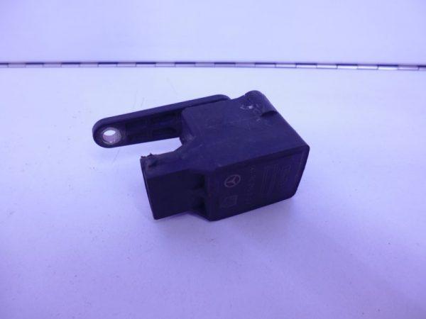 E-KLASSE W211 SENSOR HOOGTREGELING 0105427617-0
