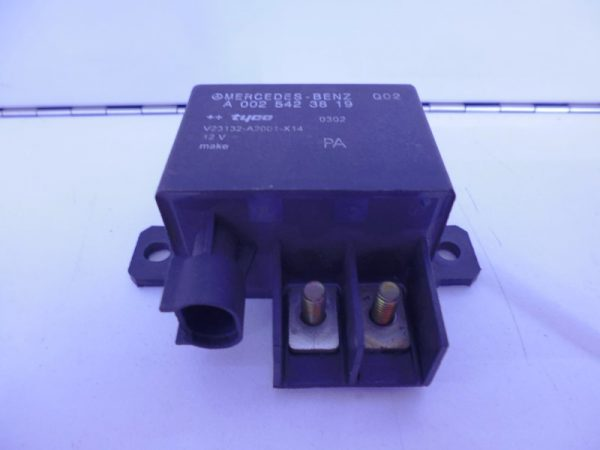 E-KLASSE W211 RELAIS MODULE HOOGSPANNING A0025423819-0