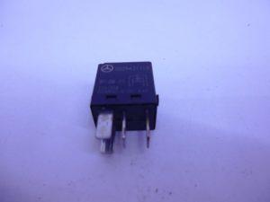 ML-KLASSE W164 RELAIS DIVERSE ZWART PLAT 0025421119-0