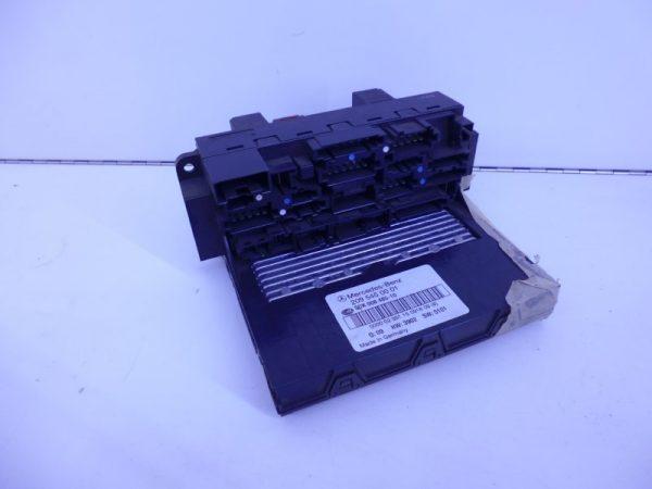 CLK-KLASSE W209 SAM MODULE ACHTER A2095452301-0