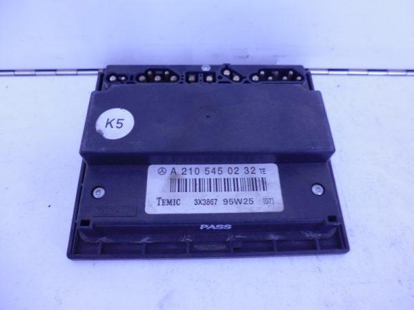 E-KLASSE W210 RELAIS MODULE TAKT A2105450232-0