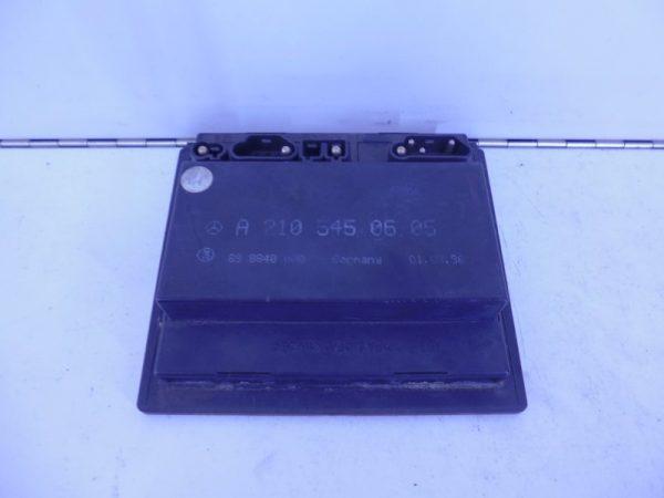 E-KLASSE W210 RELAIS MODULE TAKT A2105450605-0