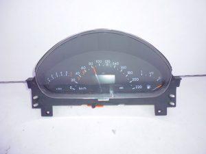 A-KLASSE W168 BENZINE TELLERKLOK COMBIKLOK A1685404011-0