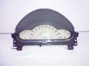 A-KLASSE W168 AVANTGARDE BENZINE TELLERKLOK COMBIKLOK A1685404411-0