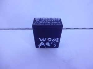C-KLASSE W202 RELAIS MODULE UITLAATGAS A0135454832-0