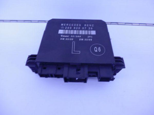 C-KLASSE W203 DEUR MODULE LINKSACHTER 2038200726-0