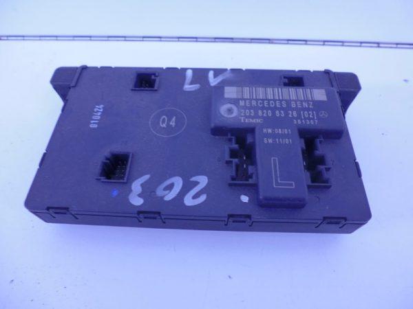 C-KLASSE W203 DEUR MODULE LINKSVOOR A2038206326-0