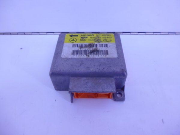 E-KLASSE W210 RELAIS MODULE AIRBAG A0008208026-0