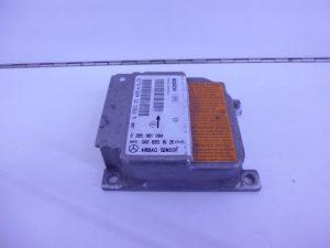 E-KLASSE W210 RELAIS MODULE AIRBAG A0018201026-0