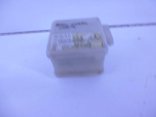 E-KLASSE W210 RELAIS MODULE HELLINGSHOEKDETECTIE A2028203826-0