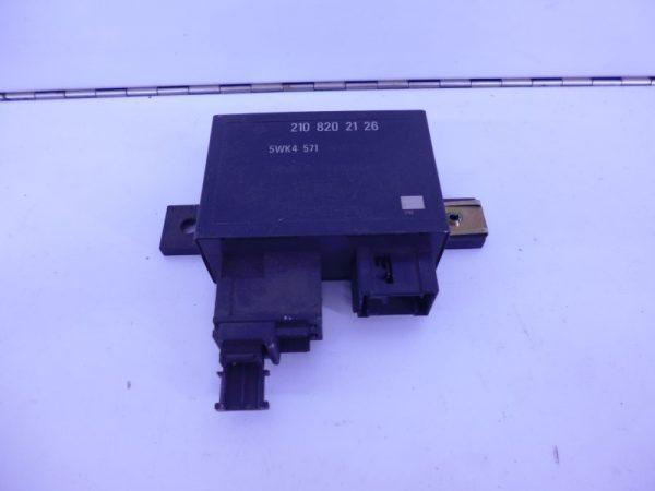 E-KLASSE W210 RELAIS MODULE INFRAROOD AFSTANBEDIENING A2108202126-0