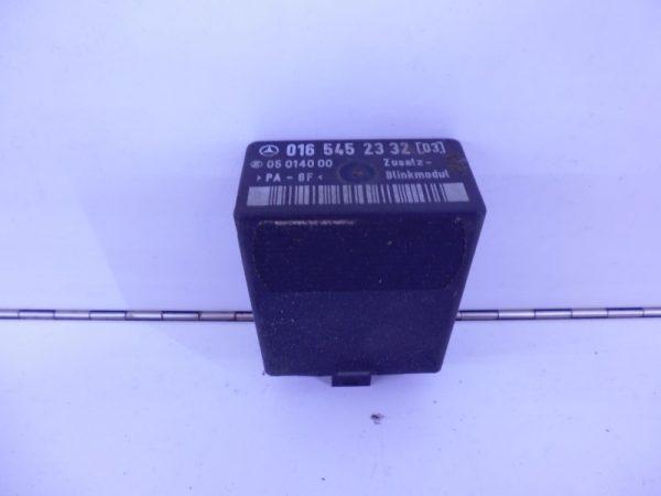 VITO W638 RELAIS MODULE KNIPPERLICHT A0165452332 -0