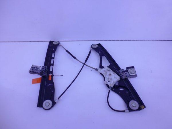 E-KLASSE W211 RAAMMECHANISME ELECTRISCH RECHTSVOOR A2117200446-0