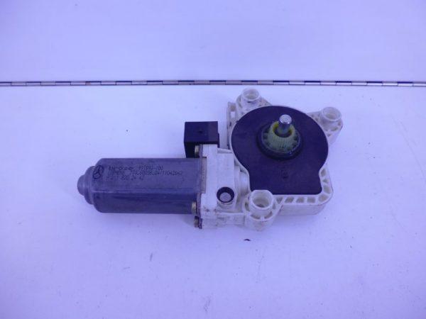 S-KLASSE W220 RAAMMOTOR LINKSACHTER 6-POLIG A2118202342-0