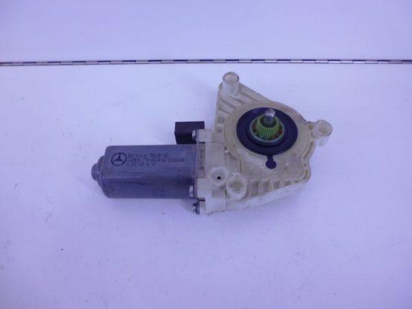A-KLASSE W169 RAAMMOTOR LINKSVOOR 2-POLIG A1698204142-0