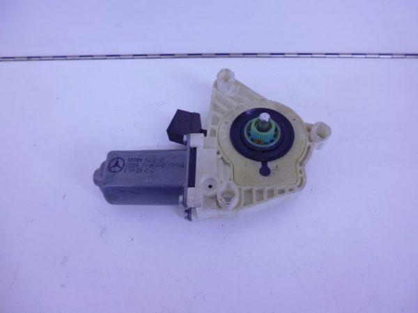 A-KLASSE W169 RAAMMOTOR LINKSACHTER 6-POLIG A1698204542-0