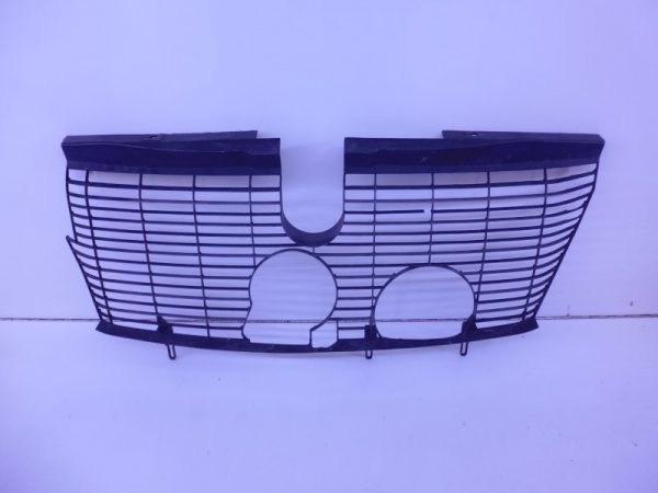 E-KLASSE W210 ROOSTER ACHTER GRILLE A2105030101 -0