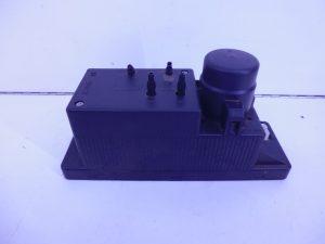 E-KLASSE W210 CENTRALE VERGRENDELINGS POMP A2108000048-0