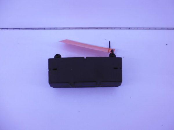 E-KLASSE W211 SCHAKELAARBRUG MIDDENCONSOLE A2118216858 7167-0