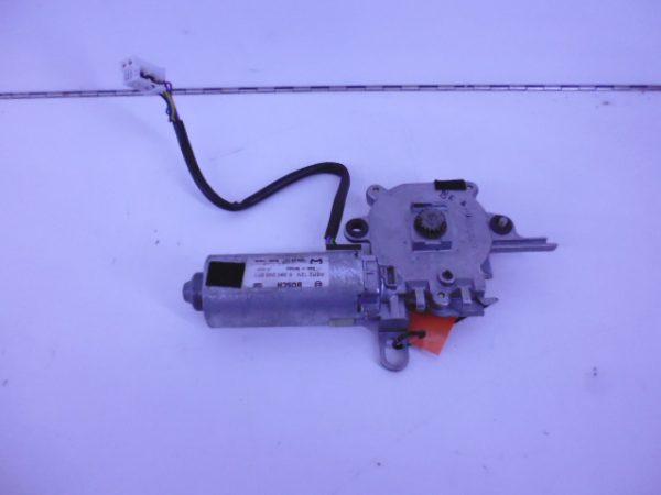 C-KLASSE W203 SCHUIFDAK MOTOR A2038203142-0