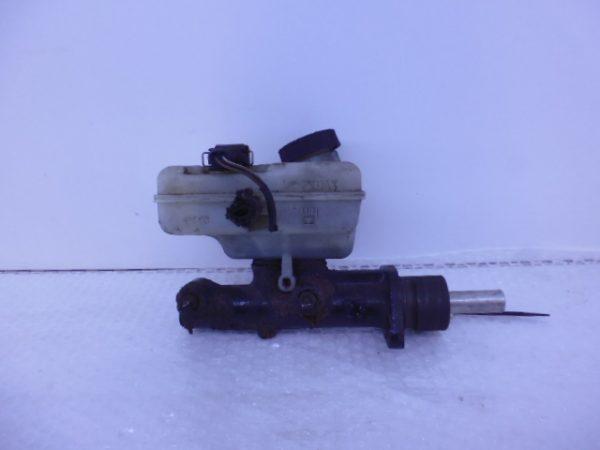 SPRINTER W900 HOOFDREMCILINDER A0004316501-0
