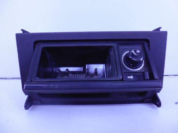 C-KLASSE W202 ASBAK SPORT VOOR A2028100430-6128