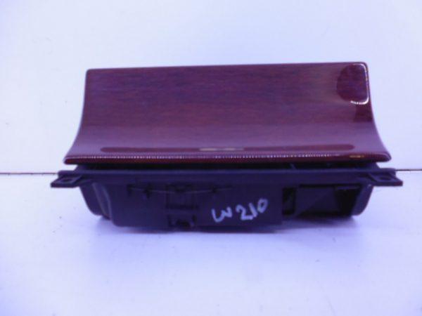 E-KLASSE W210 ASBAK CLASSIC A2106800352-0
