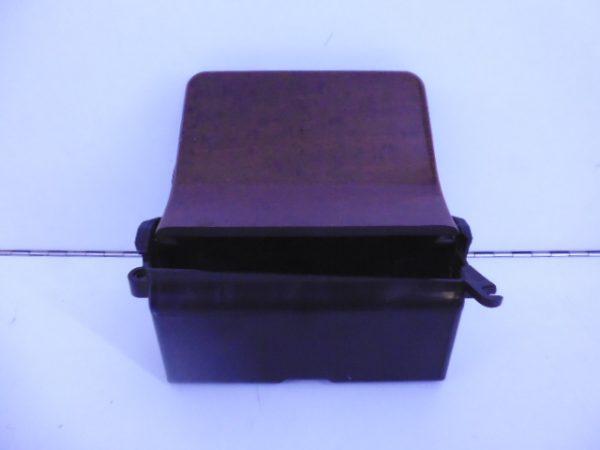 E-KLASSE W210 BAK MIDDENCONSOLE A2106800850-0