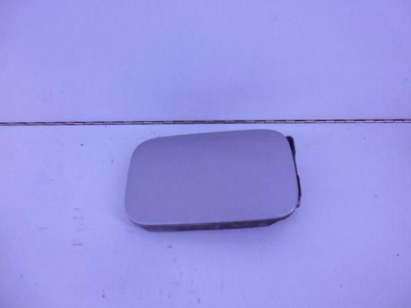 E-KLASSE W210 TANKKLEP 744 ZILVER A2107500106-0