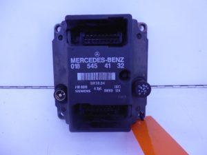 C-KLASSE W202 C180 MOTORCOMPUTER ECU ONTSTEKINGSMODULE A0185454132-0