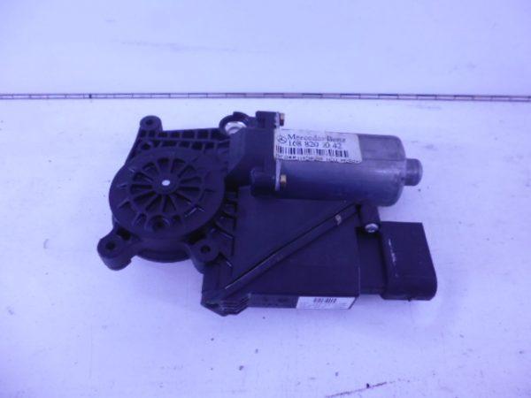A-KLASSE W168 RAAMMOTOR RECHTSVOOR 9-POLIG A1688201042-0