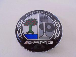 4X MERCEDES NAAFDOP AMG ZWART KLEUR CHROOM -8124