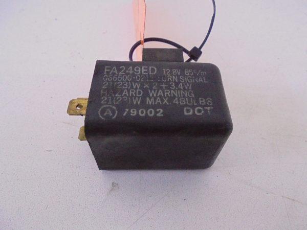 GPX600R KNIPPERLICHT RELAIS GEBRUIKT FA249ED-0