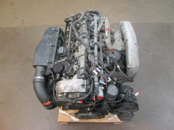 E-KLASSE W210 320CDI MOTORBLOK OM613961-9715