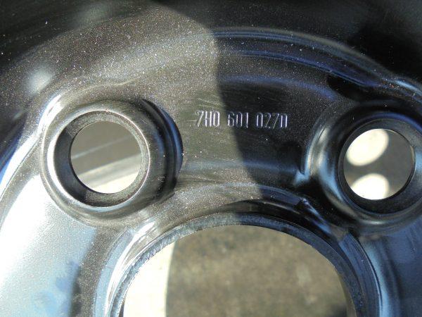 VW T5 STALEN VELGSET NIEUW 16 INCH 7H0601027D -9743