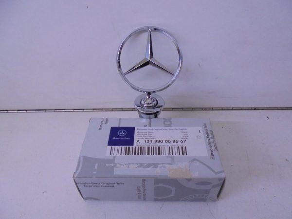 E-KLASSE W124 STER LOGO MOTORKAP A1248800086 67 NIEUW-0