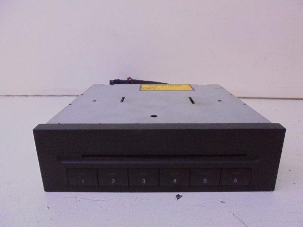CLS-KLASSE W219 CD WISSELAAR IN DASHBOARD A2118703889-0
