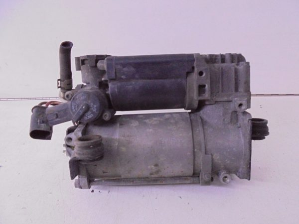 CLS-KLASSE W219 POMP COMPRESSOR LUCHTVERING A2113200304-10263