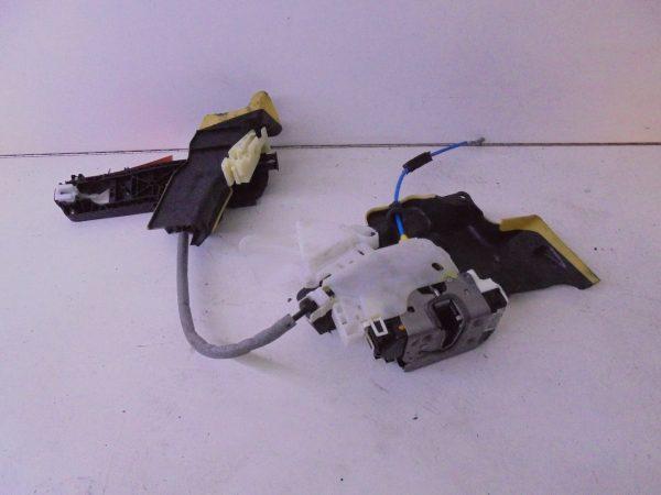 E-KLASSE W212 PORTIERSLOT RV A2047201835 A0997200435-10648