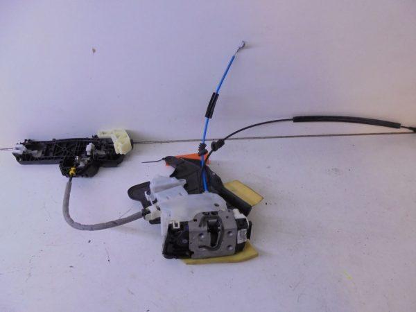 E-KLASSE W212 PORTIERSLOT RA A2047302835 A0997300635-0