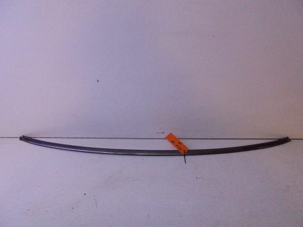 E-KLASSE W210 SIERSTRIP VOORRRUIT A2106700922-0