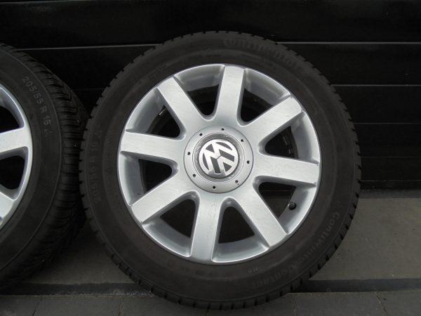 VW GOLF PLUS LICHTMETALEN VELGEN MET CONTI WINTERBANDEN 1K0601025R-10766